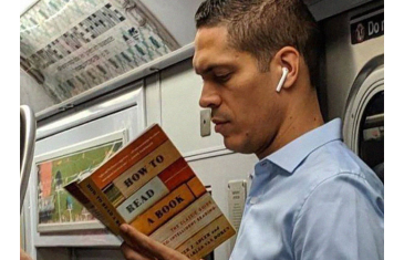 How to read correctly in transport? 5 useful tips.