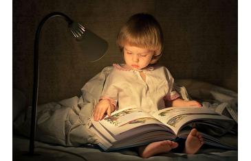Як привчити дітей читати? Поради від письменниці Валері Куонг.