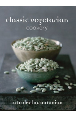Classic Vegetarian Cookery: Over 250 Recipes from Around the World